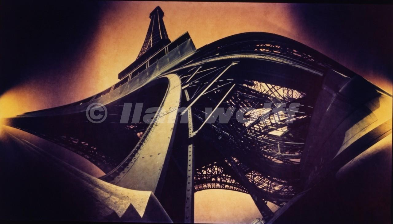 The-Eiffel-tower_Paris_1986_60x33cm