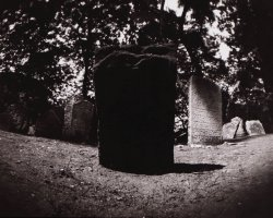 0908 - Old_Jewish_cemetery_Prague2